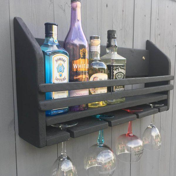 Black GIn Bar