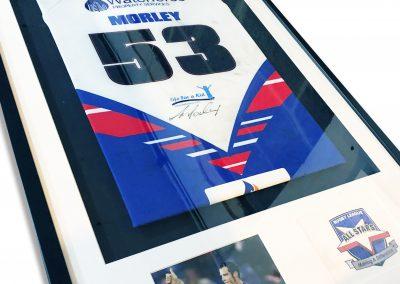 Signed shirt framing Hull